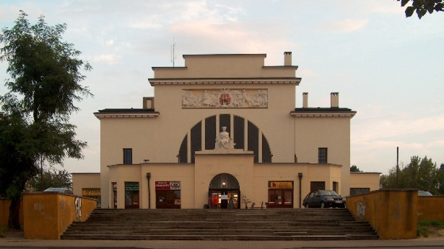 Hala targowa w Piotrkowie Trybunalskim