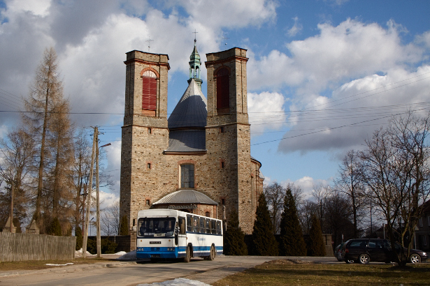Fałków kościół